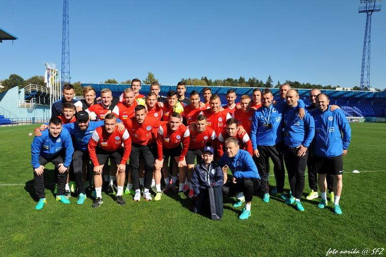 34cce6f95b479 POPRAD (SFZ/šat) - Slovenskí futbaloví reprezentanti do 21 rokov sa  momentálne v NTC Poprad pripravujú na kvalifikačný dvojzápas o postup na ME  2019 ...
