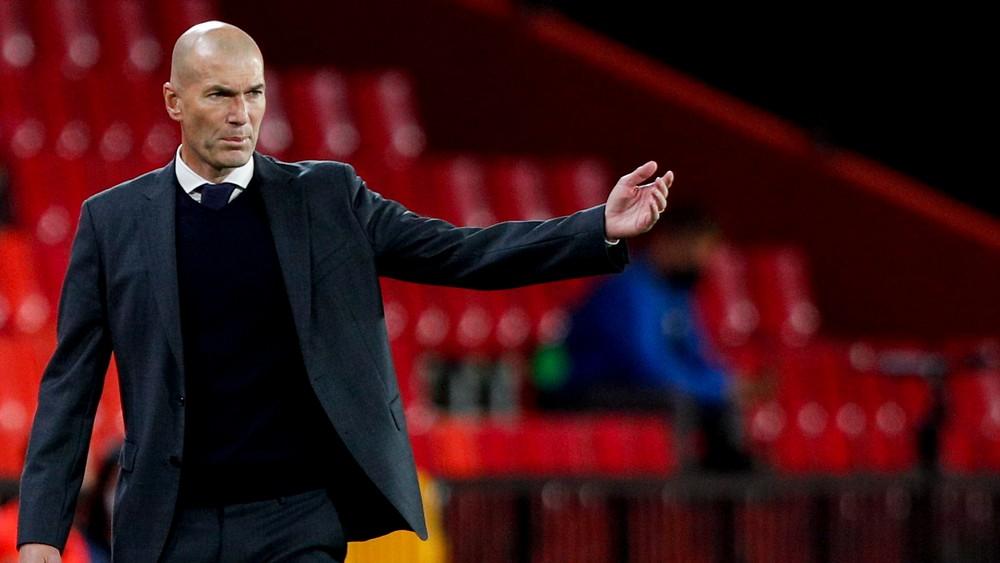 Zidane zrejme opustí Real Madrid. Nahradí ho ďalšia legenda klubu?