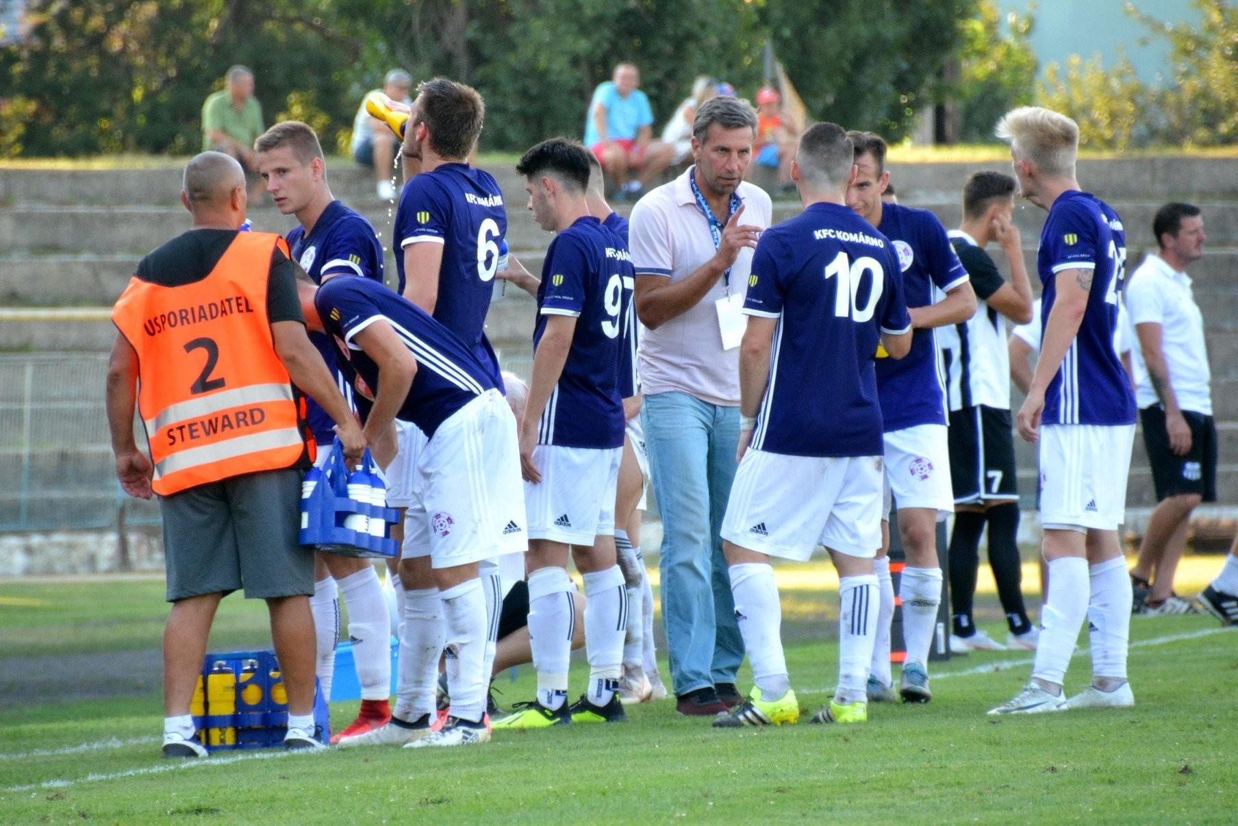 II. liga – Tréner vedúceho Komárna Olejník: Základom úspechu je kolektív