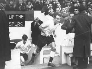Postaral sa o viacero rekordov. Zomrel najlepší strelec Tottenhamu Jimmy Greaves