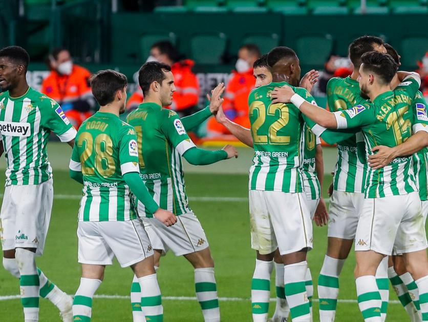 Betis umocnil trápenie Alavésu, rozhodol Iglesias