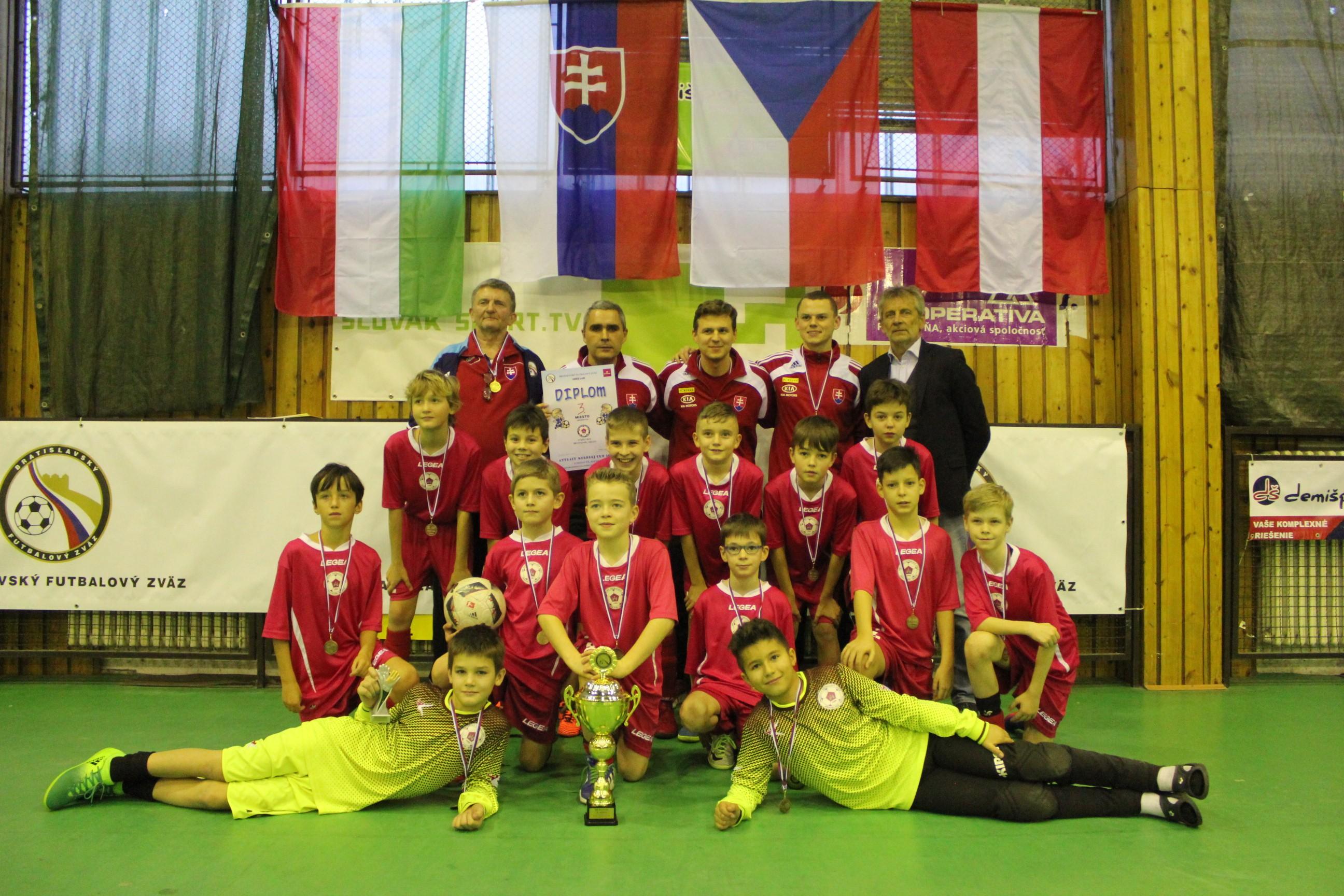 Výber ObFZ Bratislava-mesto neobhájil víťazstvo, skončil na peknom 3. mieste jubilejného 20. ročníka Attract Kerobaj CUP 2018