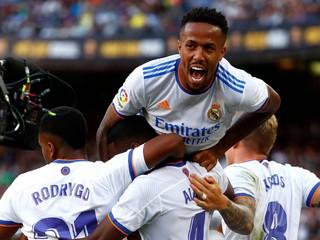 Real Madrid vyhral El Clásico, Barcelona trafila bránu len dvakrát