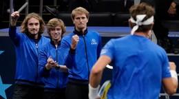 Bez legiend, no s mladými hviezdami. Európa jasne vyhráva v Laver Cupe