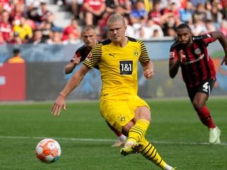 Dortmund zvládol prestrelku proti Leverkusenu, dvoma gólmi sa blysol Haaland