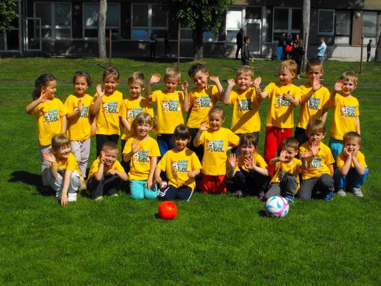 """125121d46 BRATISLAVA (SFZ/PETER ZEMAN) - Hlavnou prioritou projektu je  spopularizovanie futbalu pre deti v materských školách. Grassroots projekt  """"Dajme spolu gól"""" je ..."""