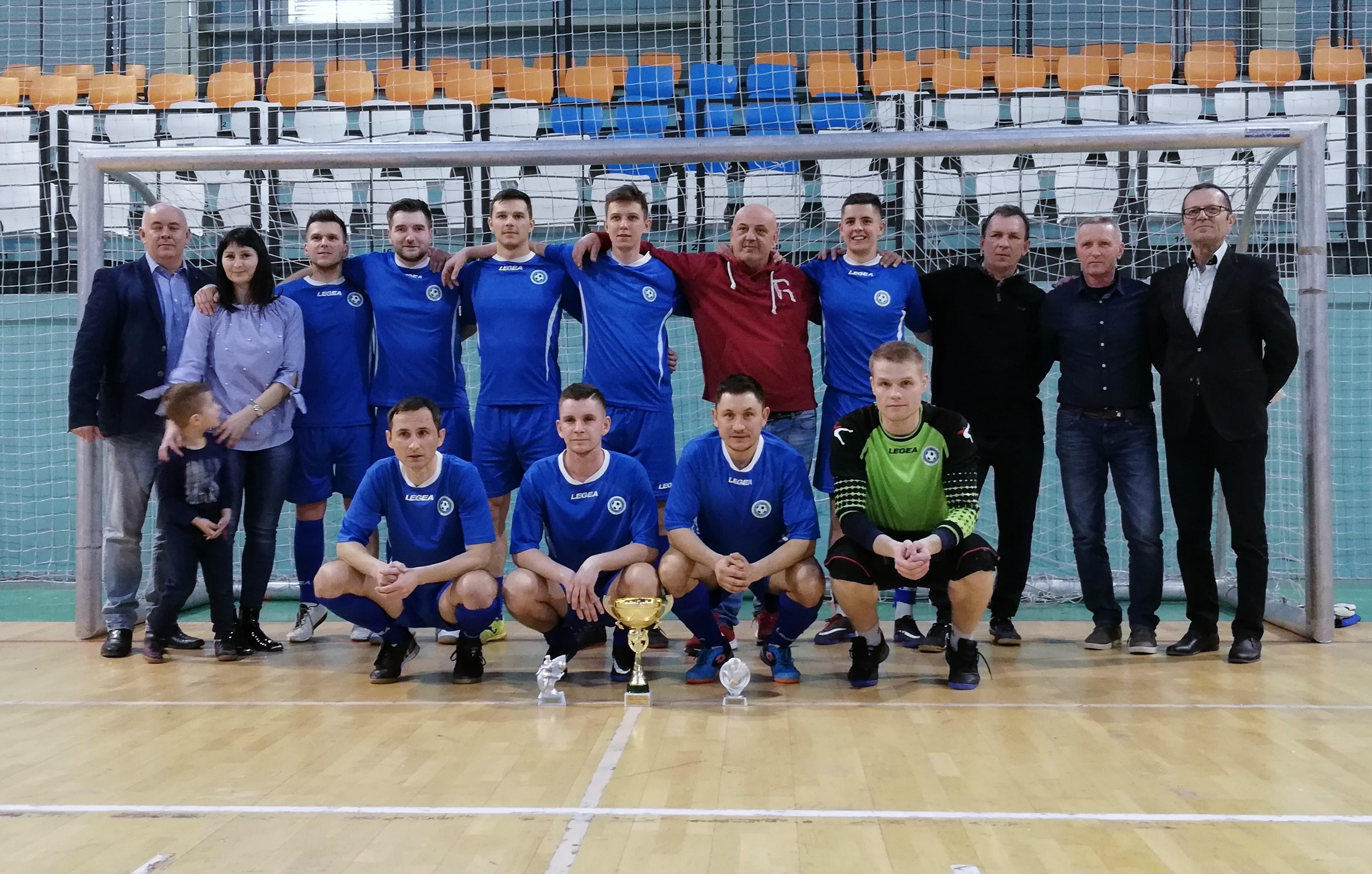 Turnaj rozhodcov a delegátov ZsFZ ovládla opäť Nitra