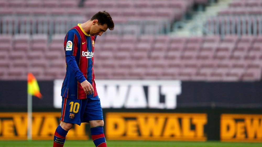 Barcelona prehrala a titul nezíska. Pred Atlético môže ísť už iba Real