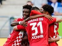 Mainz ukončil nepriaznivú sériu, presvedčivo zdolal Augsburg