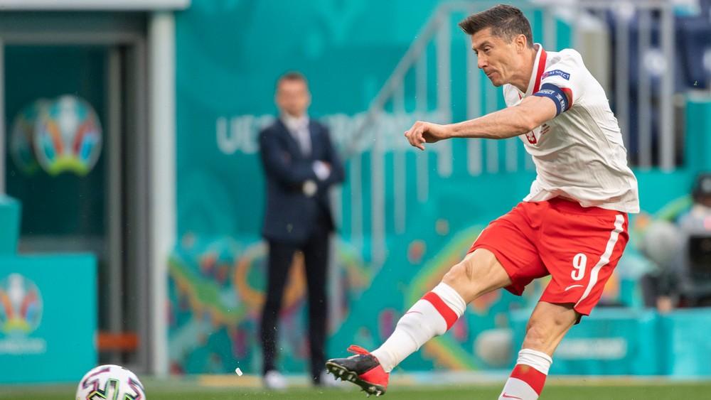 Prehrali sme s najslabším súperom, som sklamaný, hodnotil Lewandowski