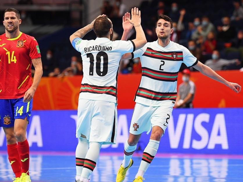 Španieli titul nezískajú. Neudržali náskok a zlomil ich vlastný gól