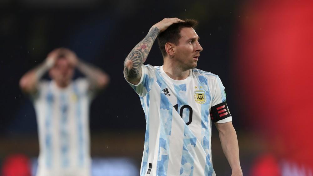 Messiho Argentína neudržala dvojgólový náskok, Brazília s Neymarom úraduje