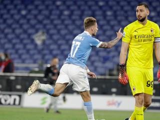 AC Miláno sa naďalej prepadá, od Lazia dostalo tri góly