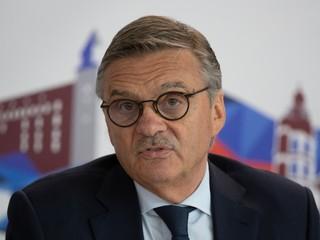 IIHF má po 27 rokoch nového prezidenta, Šatana do funkcie nezvolili