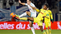 Futbalisti Nantes zdolali Clermont, oba tímy dohrali s červenou kartou