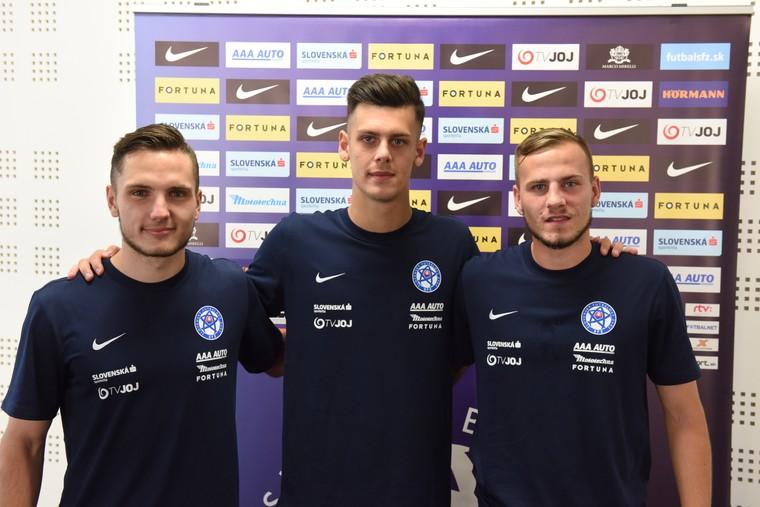 5786bacd4a825 SENEC (SFZ/šat) - Tréner Pavel Hapal privítal na zraze reprezentácie do 21  rokov pred kvalifikačným dvojzápasom o postup na ME 2019 proti Estónsku  (1.9.