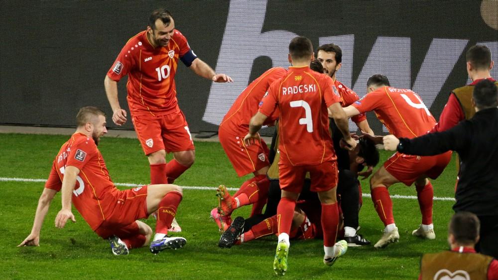 Poliaci trápili Anglicko, Severní Macedónci šokovali favorizované Nemecko