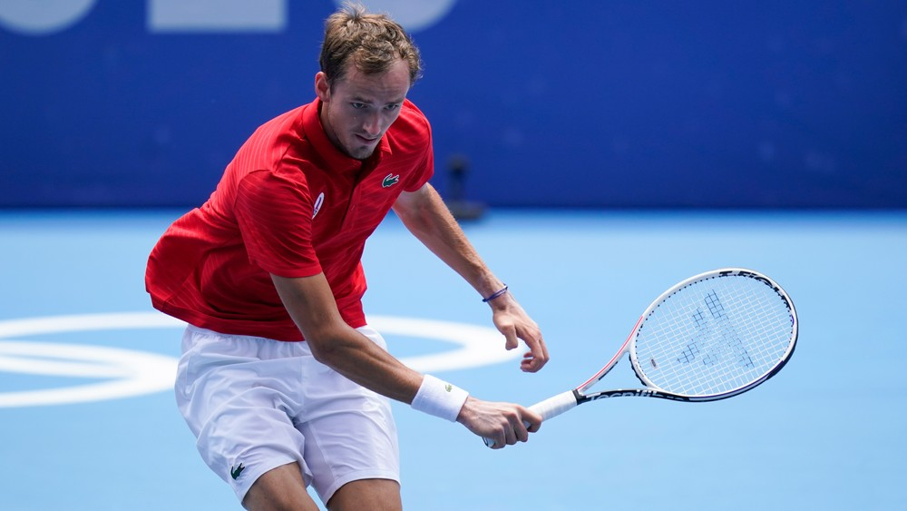 Nahneval tenisovú hviezdu. Novinár podľa Rusov provokuje športovcov