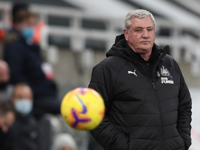 Príde prvé veľké meno? Tréner Bruce skončil v Newcastle United