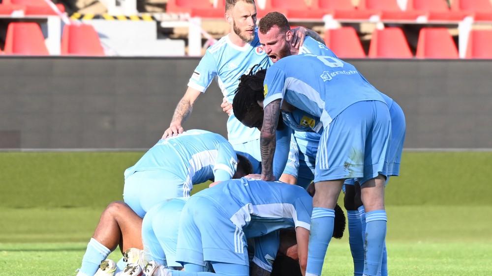 Slovan získal majstrovský titul. Zlatým Moravciam nedal žiadnu šancu