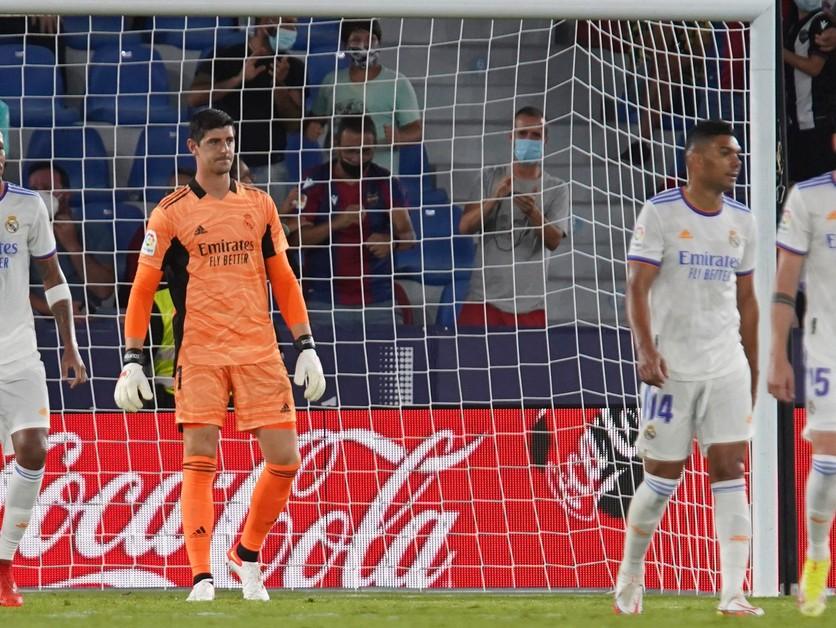 Tri kluby nechceli vystúpiť zo Superligy. UEFA zastavila konanie voči nim