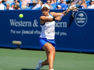 Bartyová postúpila do finále, vyzve ju prekvapenie zo Švajčiarska