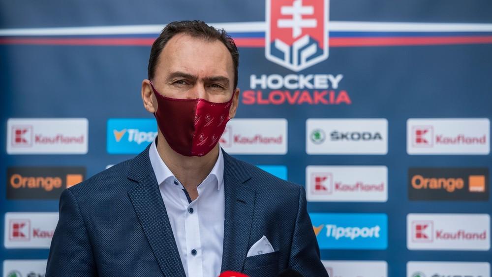 Šatan sa uchádza o členstvo v Rade IIHF, na post prezidenta kandiduje aj Čech