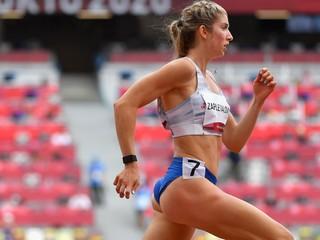 Zapletalová vyhrala behy na 200 aj 400 metrov, jej družstvo má slovenský titul