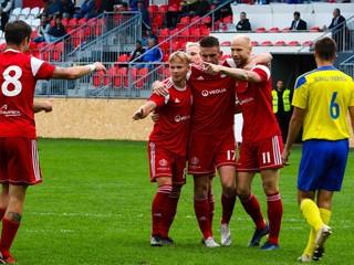 Banská Bystrica poskočila na čelo, mladíci Slovana prvýkrát vyhrali