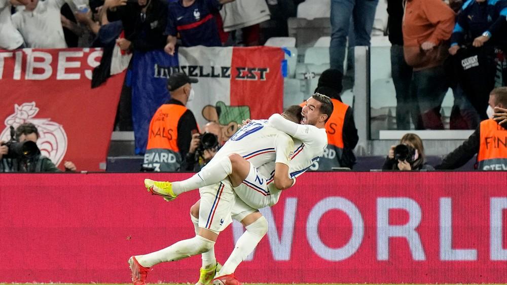 Dokonalý obrat Francúzov. Zahrajú si vo finále Ligy národov