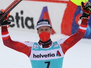 Posledné preteky v sezóne vyhral Feller, majster sveta sa lúčil už na svahu