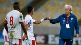 Ako by to zvládli slovenské kluby? V Brazílii obmedzili počet trénerských výmen