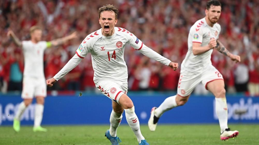 Slovák hrajúci v Dánsku: Na EURO je bývalý spoluhráč, z ktorého rastie hviezda
