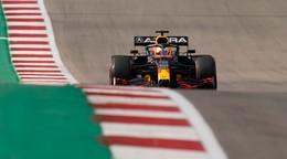 Pole position si vybojoval Verstappen, Bottas sa zosunie nižšie