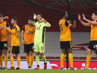 Kluby reagujú na Superligu aj s humorom. Wolverhampton sa vyhlásil za majstra