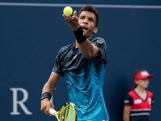 Murray postupuje na prestížnom turnaji, vyhral aj Auger-Aliassime