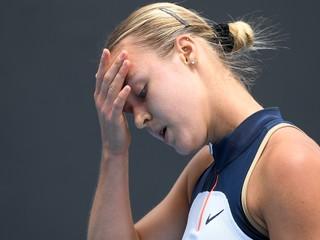 Schmiedlová vo štvrťfinále neuspela, zdolala ju skúsená Francúzka