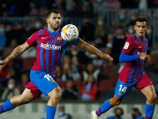 Barcelona už nemôže zaváhať, United čaká doma veľký test