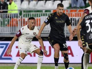 Gyömbérov klub predviedol skvelý obrat, Giroud posunul AC Miláno na čelo