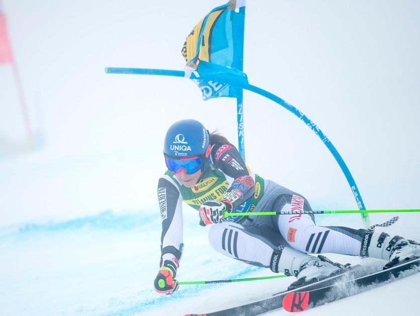 ONLINE: Petra Vlhová v Sölden 2021 - obrovský slalom (1. kolo)
