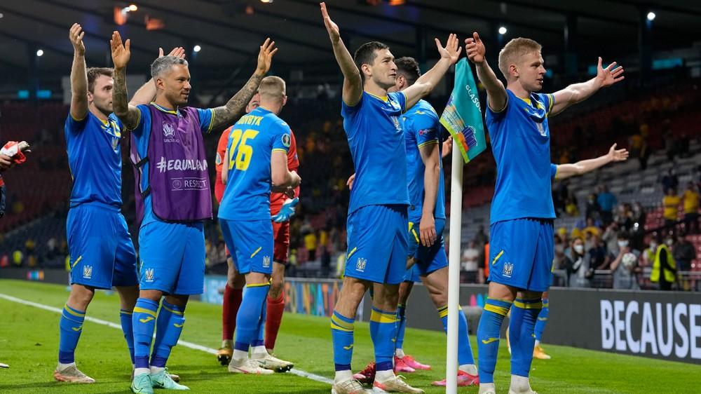 Ukrajinci rozhodli v úplnom závere predĺženia. Sú vo štvrťfinále