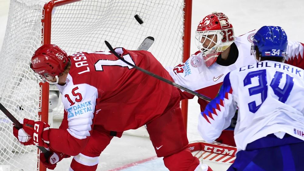 Slováci sú lídrami tabuľky. Výrazne sa po výhre priblížili štvrťfinále
