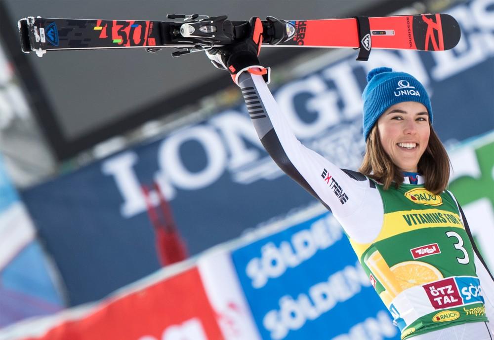 Svetový pohár v alpskom lyžovaní - priebežné poradia s Petrou Vlhovou
