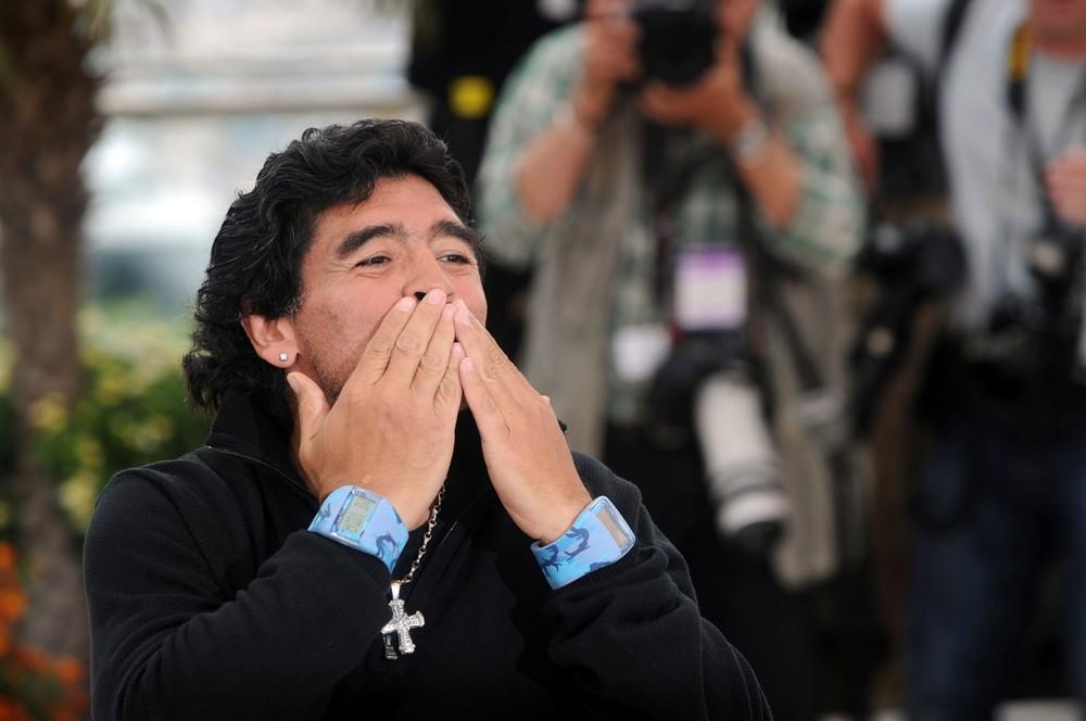 Ako vyzeral posledný deň Maradonu? Prišlo až deväť sanitiek