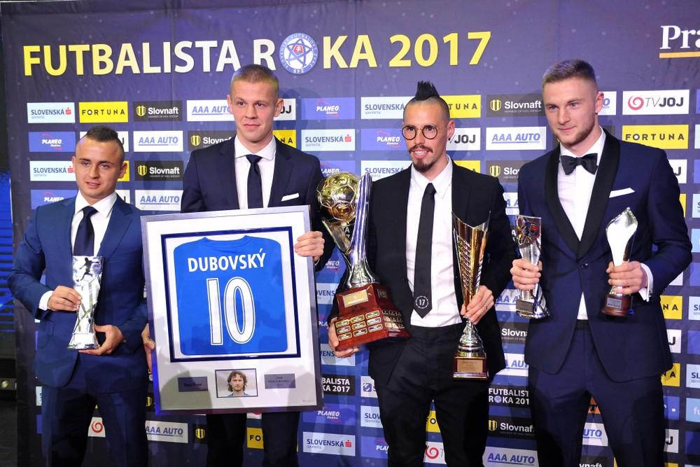 Mladý Slovák burcoval kotol, na Slovensku by taký zápas prerušili