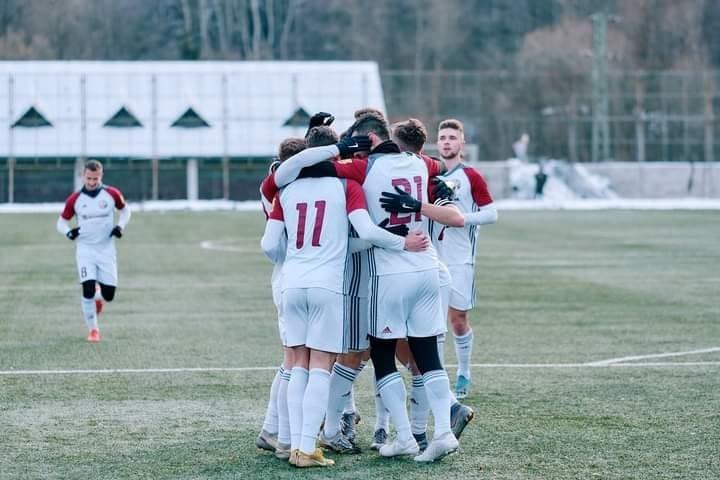 Mladíci Slovana prvýkrát na jar prehrali, Liptovský Mikuláš prenasleduje lídra