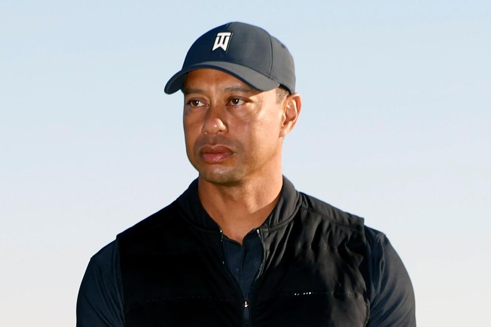 Tiger Woods mal ťažkú autonehodu, hospitalizovali ho v nemocnici
