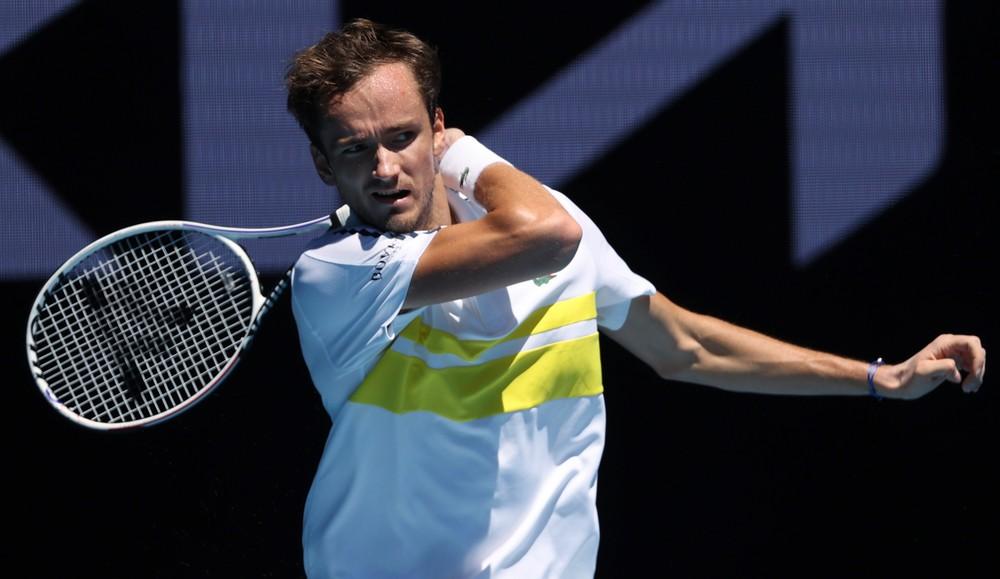 Medvedev predstihol v rebríčku Nadala, jediný Slovák v top 100 klesol