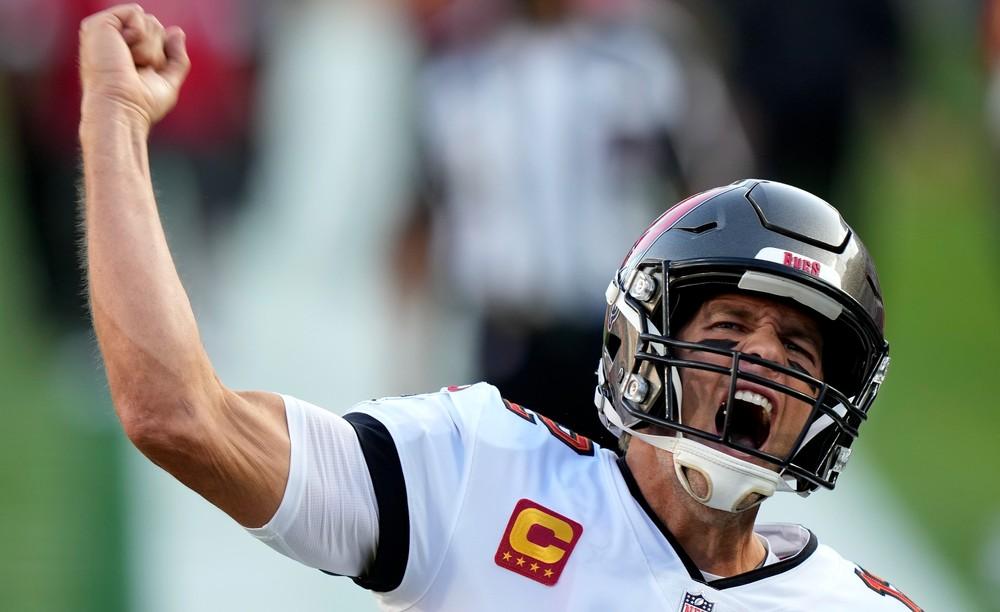 Brady získal siedmy prsteň, Kansas v Super Bowle totálne zlyhal