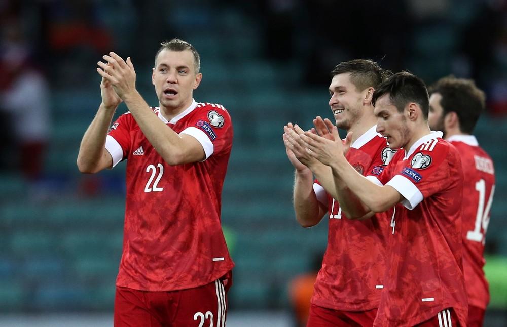 Zarábajú toľko, ako najlepší hráči Európy. Rusov drží na uzde tréner